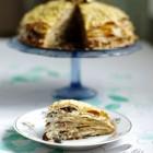 Grikinių blynų tortas su džiovintais grybais