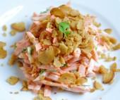 Pikantiškos morkų salotos